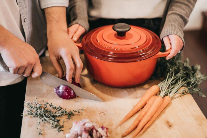 préparation plat mijoté